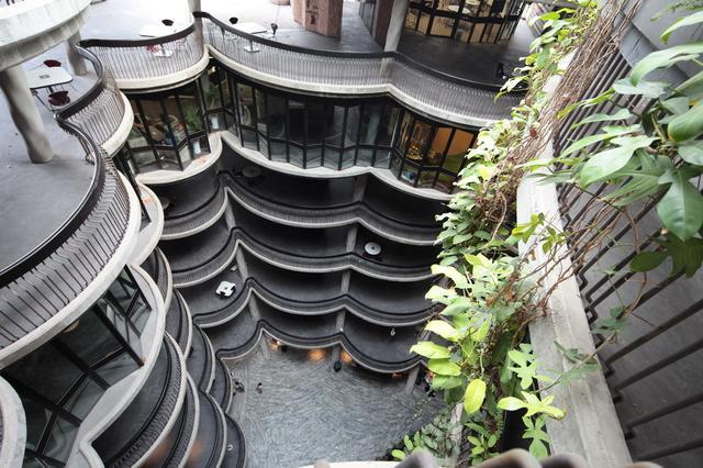 中庭部份可看到各座搭樓的弧形位置。(圖片來源:互聯網)